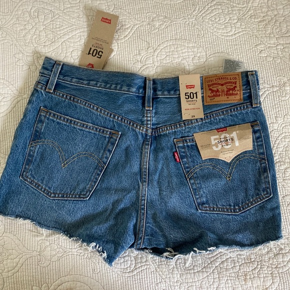 Levi's 501 Shorts - never worn tags still on